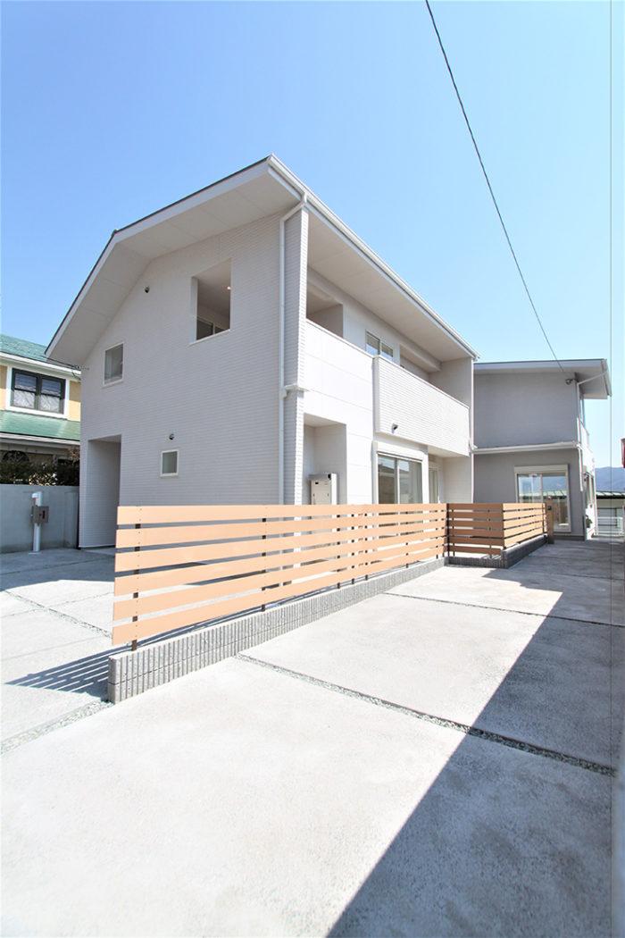 LOHAUS 花屋敷松ガ丘
