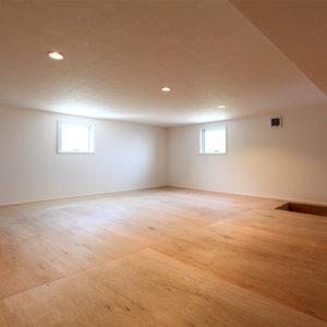 2号地 屋根裏収納スペース